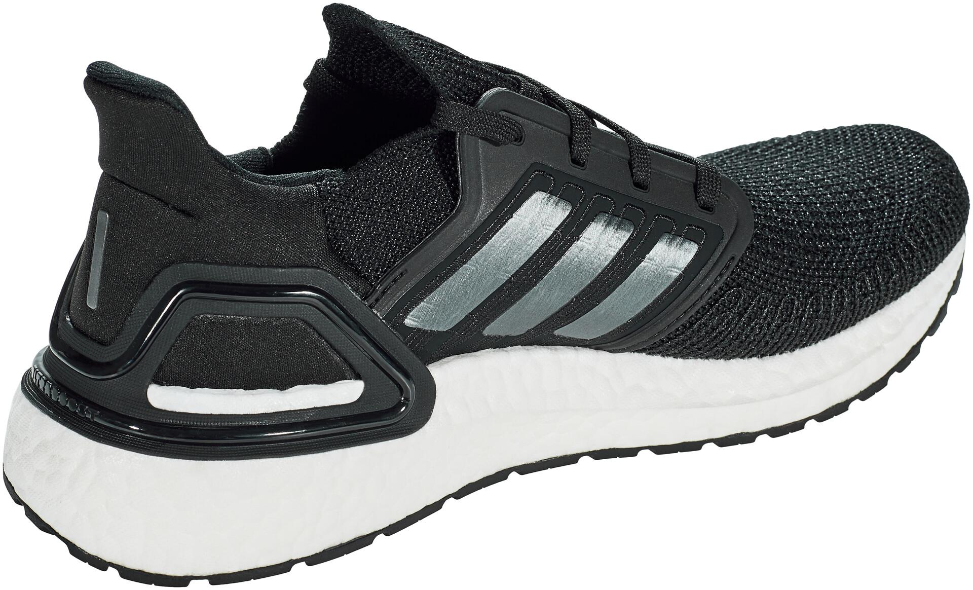 PRICE DROP! Adidas ultraBoost, continental Depop